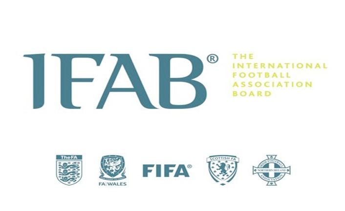IFAB'DAN OYUNCU DEĞİŞİKLİĞİ KARARI: TAKIMLAR 5 OYUNCU DEĞİŞTİREBİLECEK!