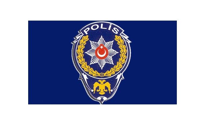 POLİSE ÇARPIP KAÇAN ARAÇTAN 38 KİLO 200 GRAM ESRAR ÇIKTI