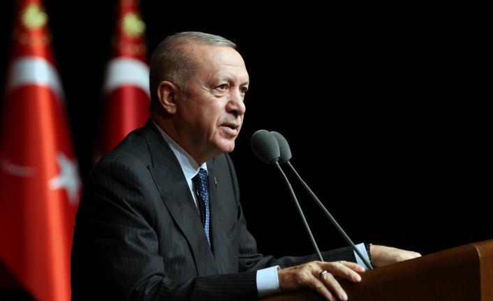 """ERDOĞAN: """"110 BİN ÜZERİNDE YATAĞI ÖĞRENCİLERİMİZİN HİZMETİNE SUNACAĞIZ"""""""