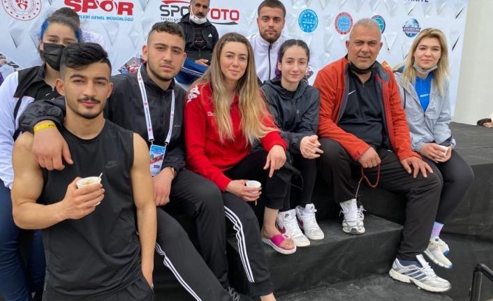 ELAZIĞ'DAN 3 SPORCU DÜNYA KİCK BOKS ŞAMPİYONASI'NDA